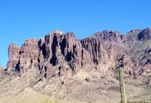 Superstition mountain AZ (1)