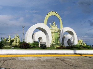 Surge of hope monument (2)