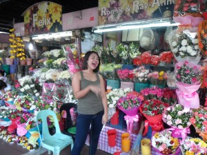 Manila flower & fruit market (1)