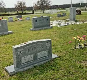 Nancy's grave (3)